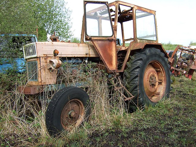 A rare utb universal tractor as far as i know there are for Espejo universal tractor