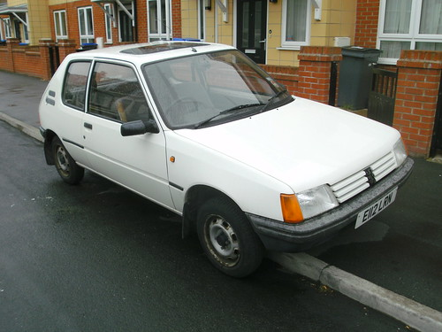 1988 peugeot 205 1 0 xe i bought this in october 2010 from flickr. Black Bedroom Furniture Sets. Home Design Ideas