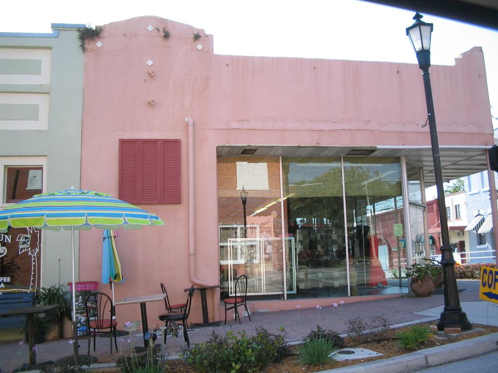 Pink commercial building brooksville fl this reminds me for Sheds brooksville fl