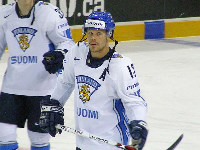 Hockey sobre hielo en Finlandia