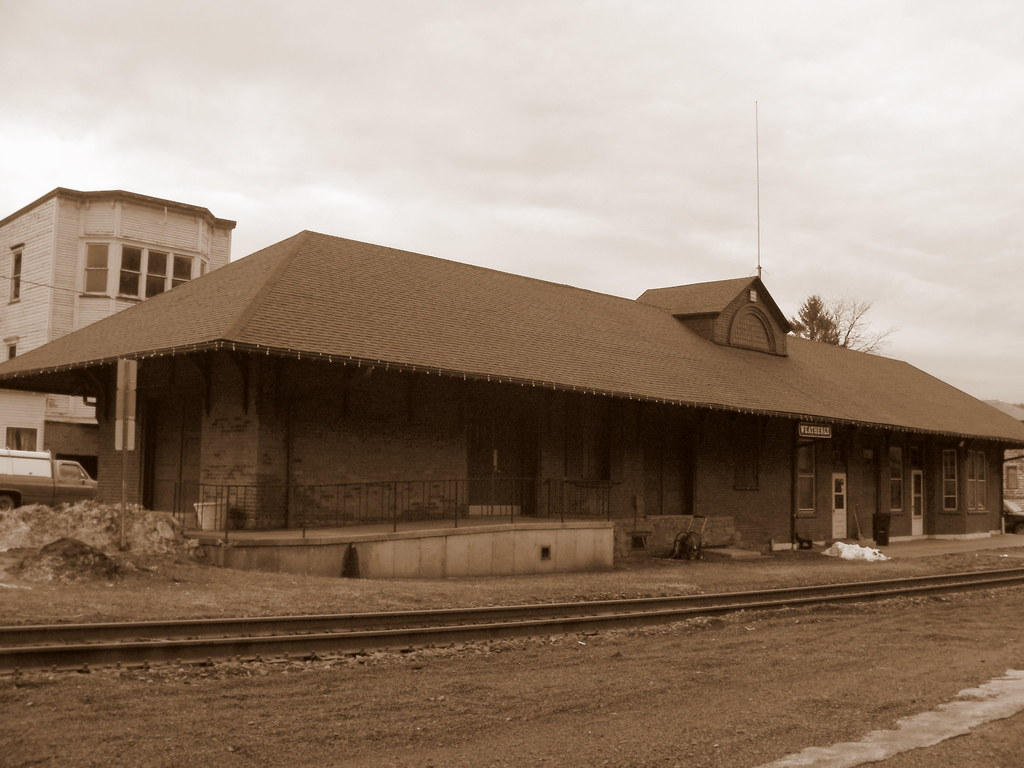 Weatherly Pa Lehigh Velley Rr Depot And Train Factory