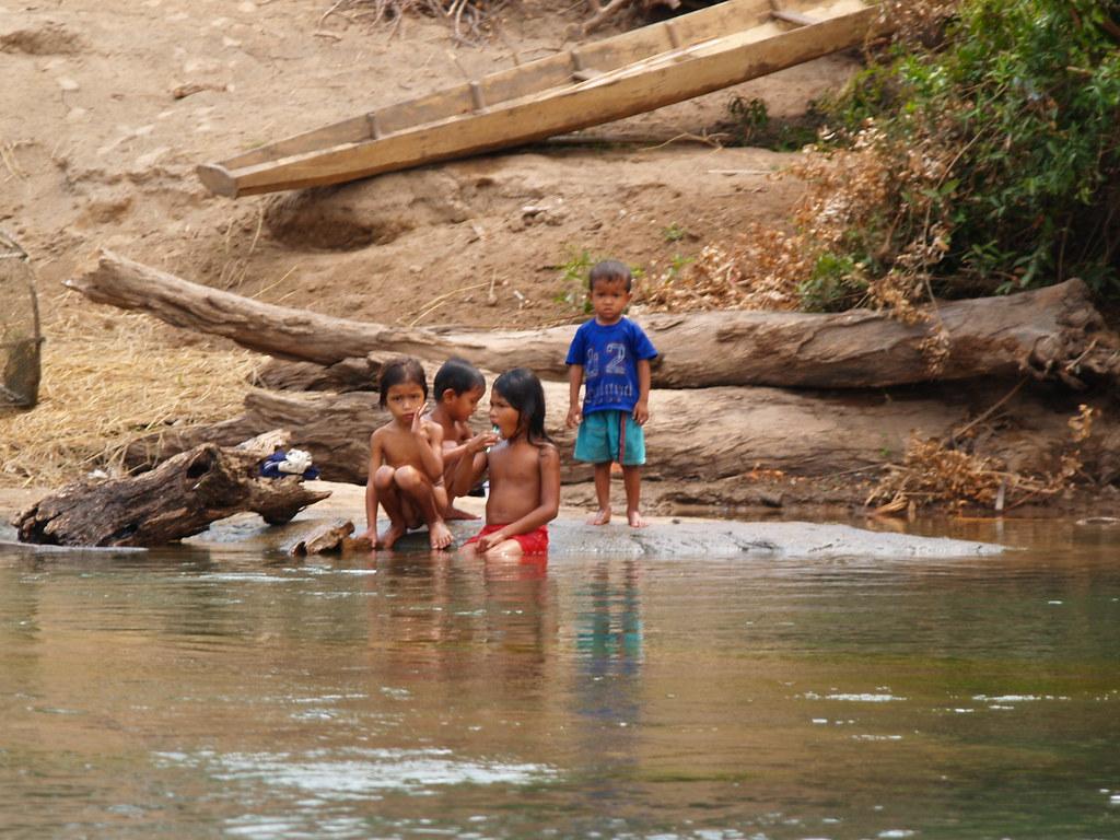 Vagamundos 2005. Laos. 4000 islas. Si Phan Don
