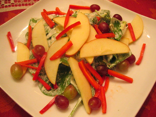 apple_and_spinach_salad with grapes | by tofu666