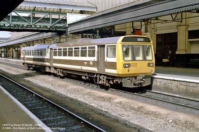 05 06 1986 Exeter St Davids Class 142 Skipper Dmu 142 Flickr