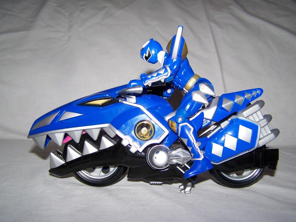 blue power ranger with motorcycle the blue power ranger ha flickr. Black Bedroom Furniture Sets. Home Design Ideas
