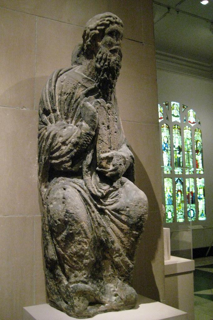 Nyc Metropolitan Musuem Of Art Limestone Sculpture Of