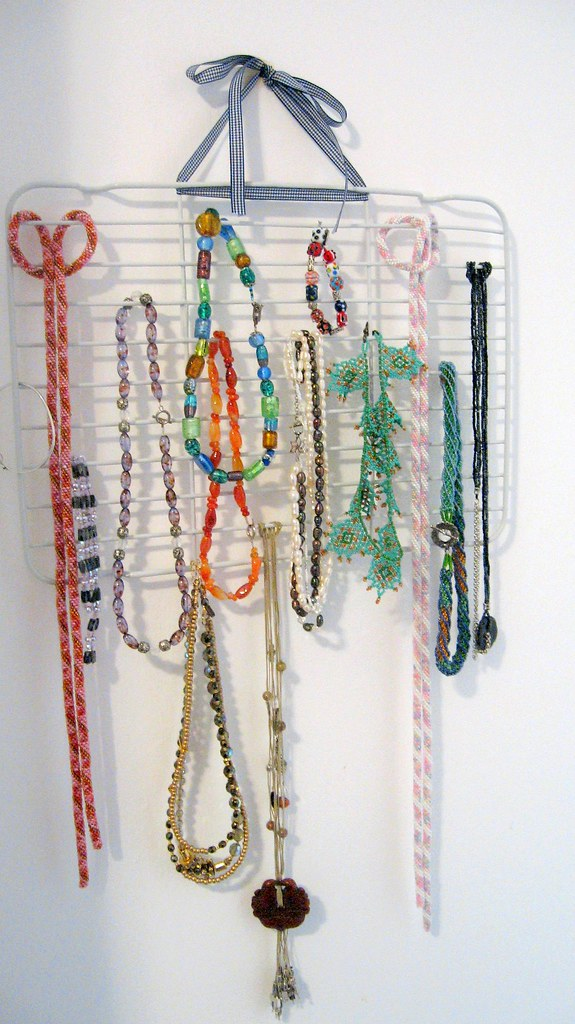 diy necklace holder necklace holder sometimes i get the occasional 31065