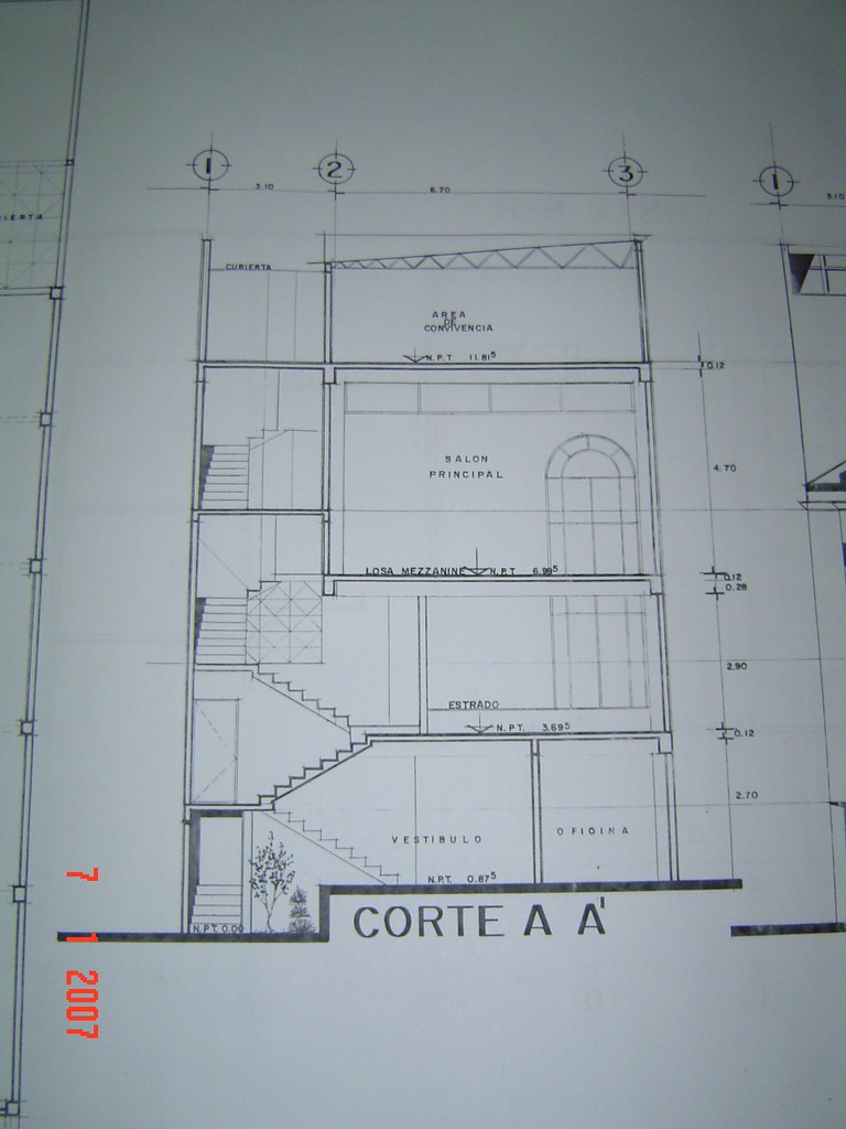 Plano galaad corte a a escaleras frontal p b templo me for Escaleras retractiles