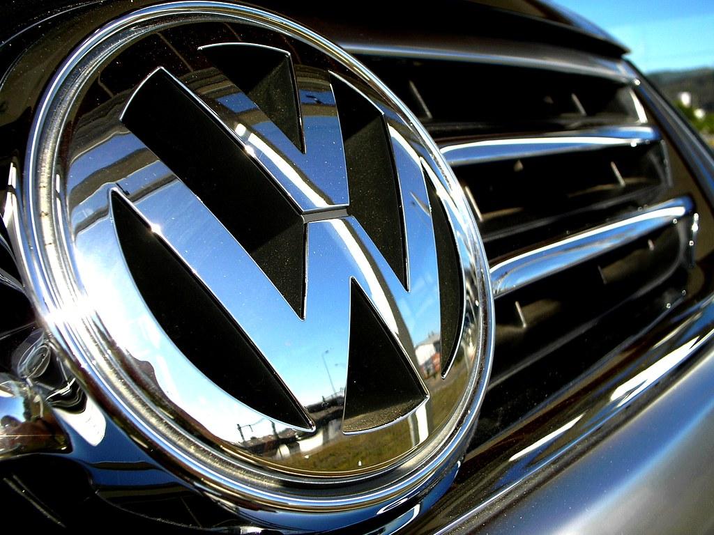 emblema volkswagen parrila de una touareg pablo ignacio olivera morales flickr