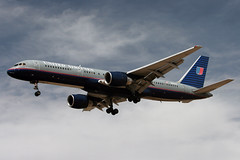 United Airlines Boeing 757-200 - N504UA | by zonaphoto