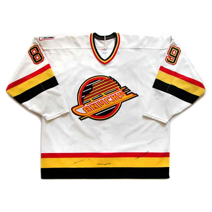 Vancouver Canucks 1995-96 F jersey