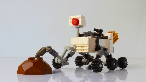 Lego Curiosity rover in minifig scale (with instructions)