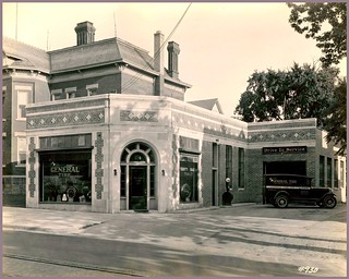 Harris Tire Co. (1928), R. S. Gerganoff, architect -- 114 East William, Ann Arbor. [Present location of the Beer Depot] | by Wystan