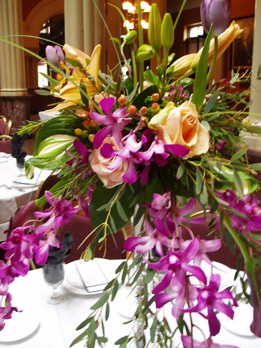 Eiffel Tower Centerpiece Plum And Peach Orchids Tulips L Flickr