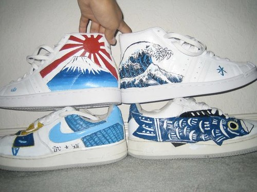 Painting on shoes with acrylic the for Custom acrylic paint