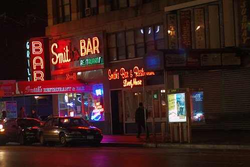 Smiths Bar And Restaurant
