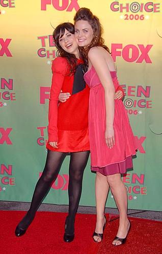 Zooey Deschanel and Emily Deschanel | ingridalmazán | Flickr