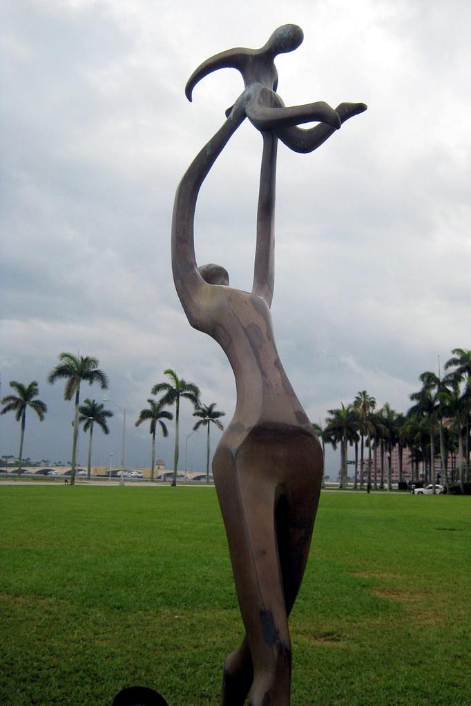 Garden Art Sculptures Statues