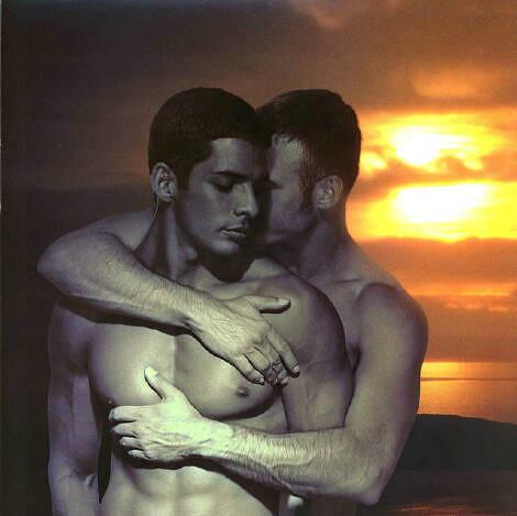 красивые парни гей фото