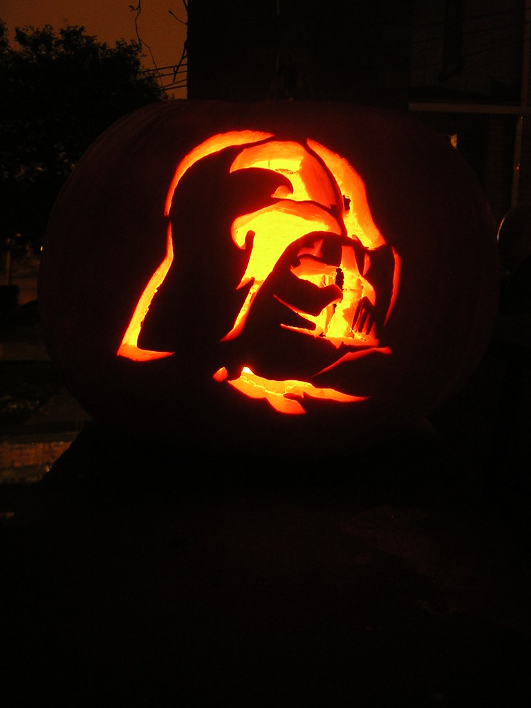 Darth Vader pumpkin | Stencil from Jammin' Pumpkins Scary? N… | Flickr