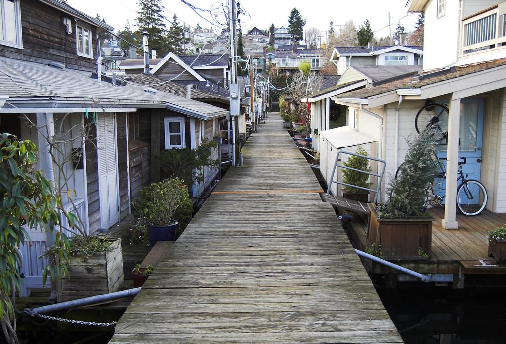 Portage Bay House Boats Seattle Is Famous For It S