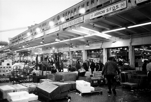 The nyc fulton fish market historic manhattan location for Fulton fish market