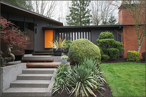 mid century modern house exterior by photo art portraits