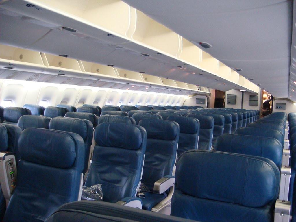 Delta Air Lines Delta Boeing 767 400 N830mh Coach Cabin Vi Joe