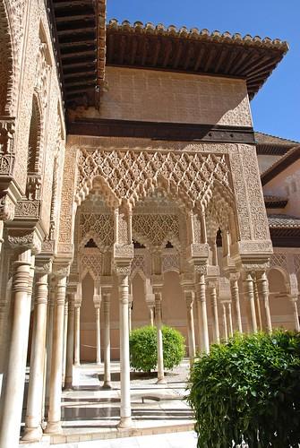 Patio de los leones (Court of the Lions) Alhambra, Granada…  Flickr