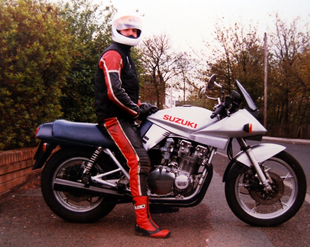 suzuki katana 1000 styling like this in 1983 would today flickr