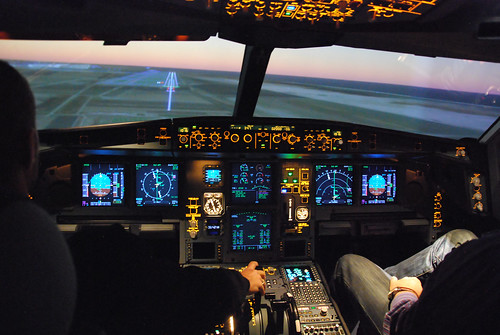 One engine approach with Airbus A330 simulator | by Lo M