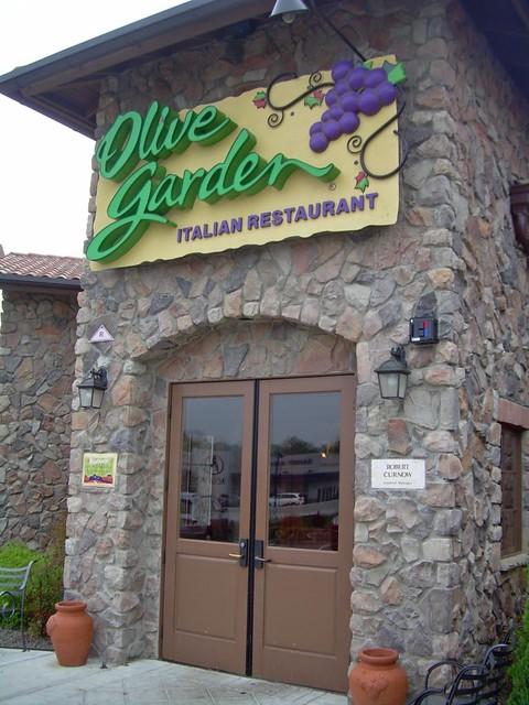 Entrance To Olive Garden Olive Garden Italian 68 State Rt Flickr
