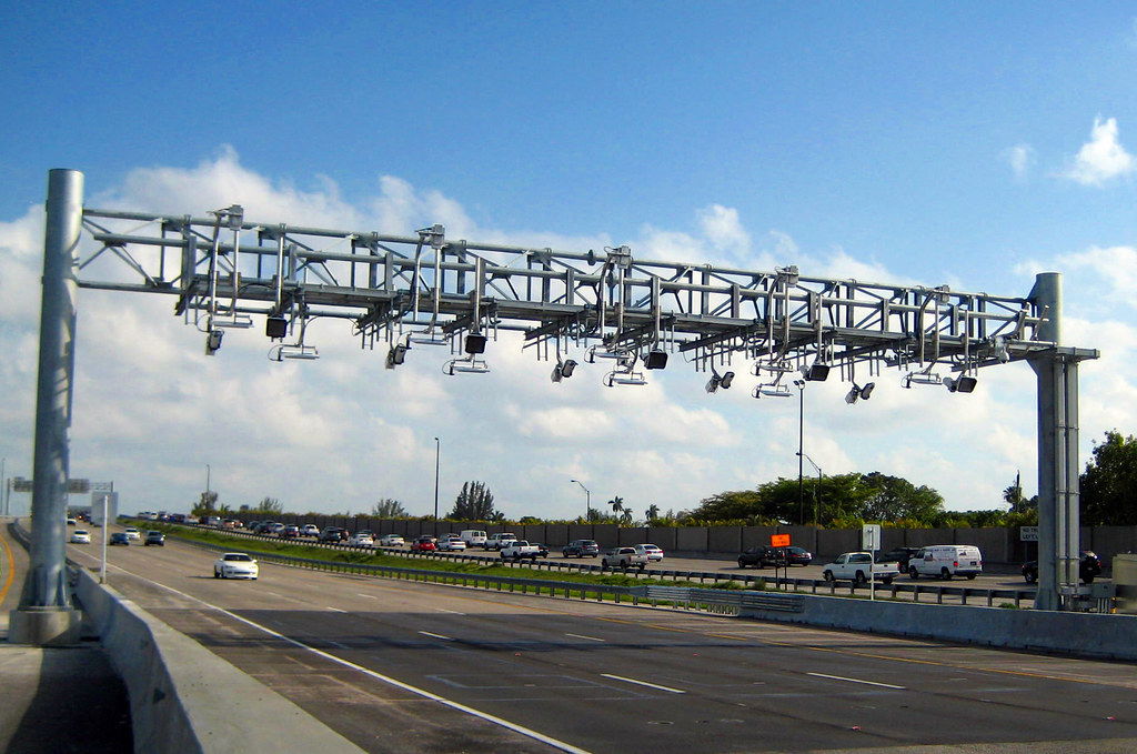 turnpike toll gantry bird rd 7402
