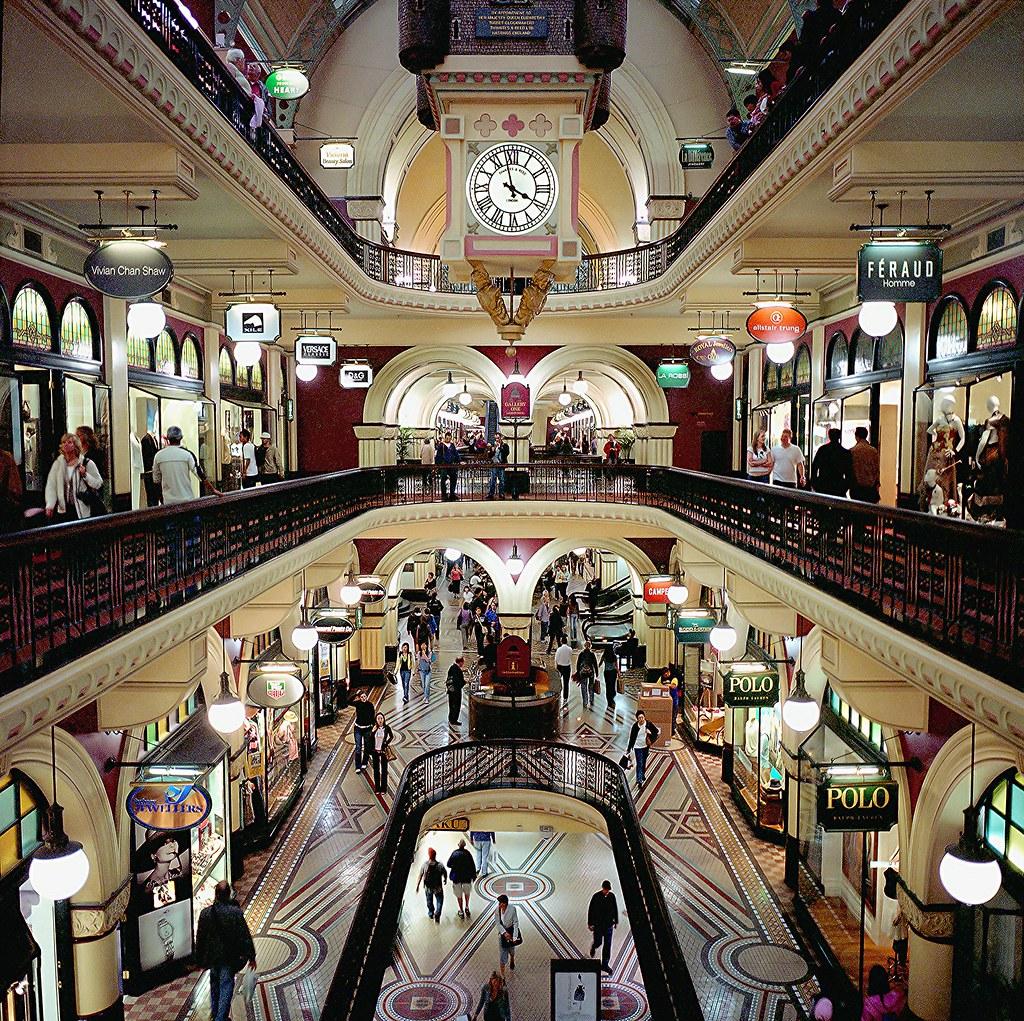 shopping queen casino