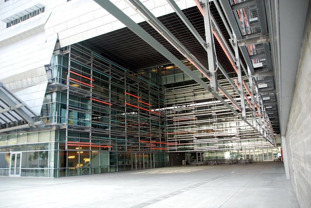 Caltrans District 7 Headquarters 2004 Caltrans District 7 Headquarters Morphosis Architects 2001 2004