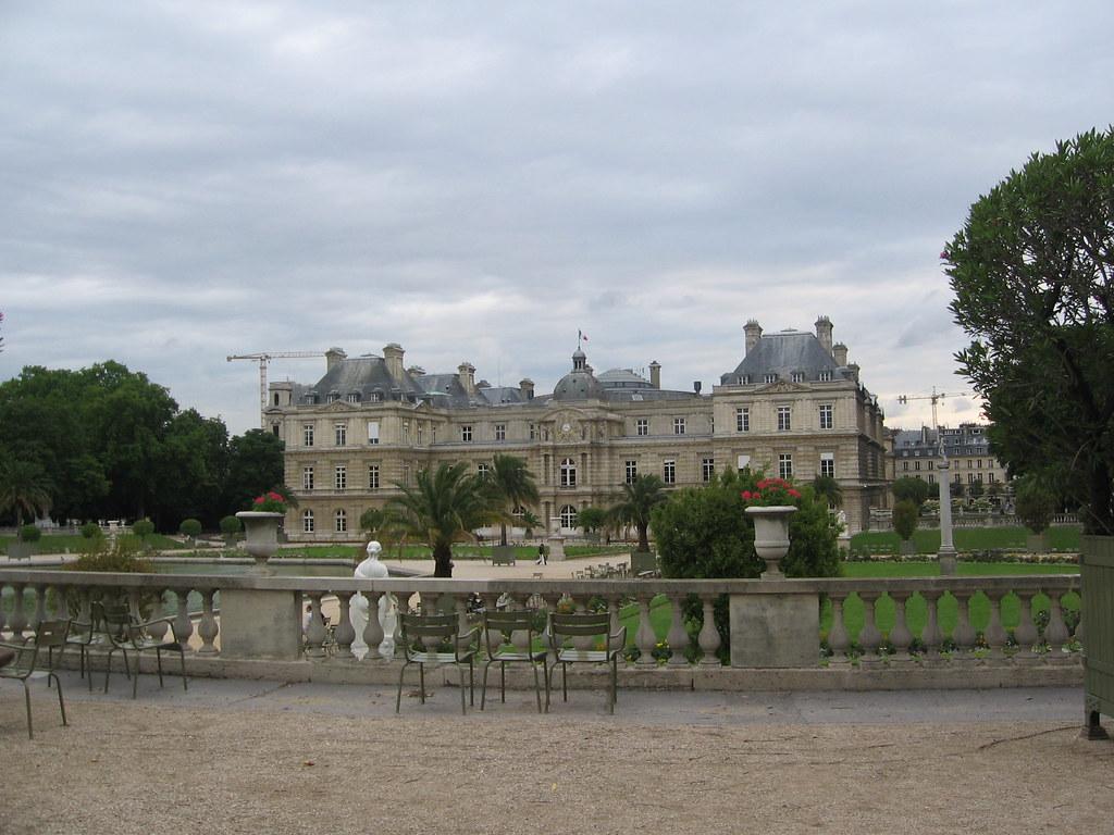 Lidia y yo en paris martes 26 junio jardin de luxemburgo for Jardines de luxemburgo paris