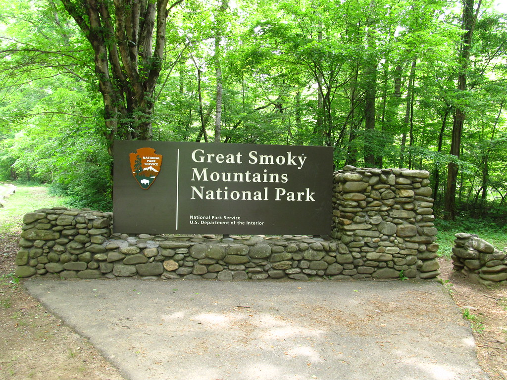 Welcome To Great Smoky Mountains National Park Newfound G