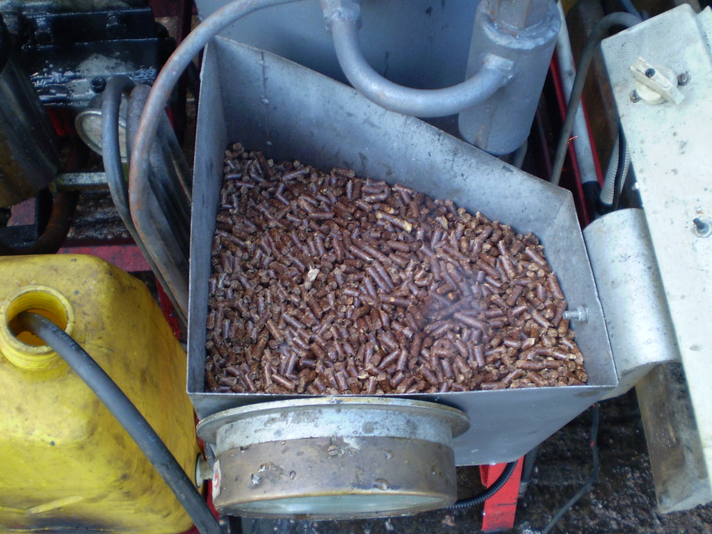 The fuel compressed wood pellets supply energy to