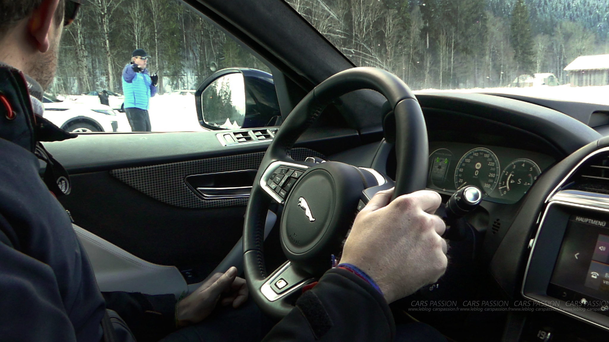 land-rover-ice-drivng-esperience-gstaad-(45)