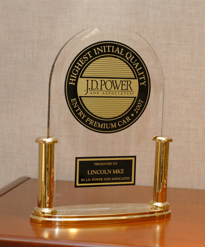 J d power award for the lincoln mkz dearborn mich for Ford motor company awards