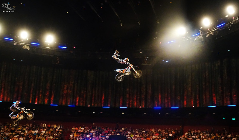 house of dancing water bike jump