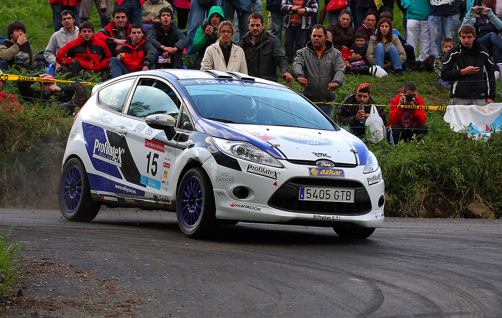 adrian diaz ford fiesta r2 rallye cantabria infinita 201 flickr. Black Bedroom Furniture Sets. Home Design Ideas