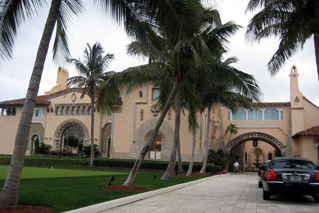 Г¶ffnungszeiten Palm Beach