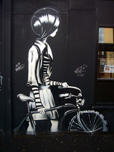Cycle chic girl | by joellybaby