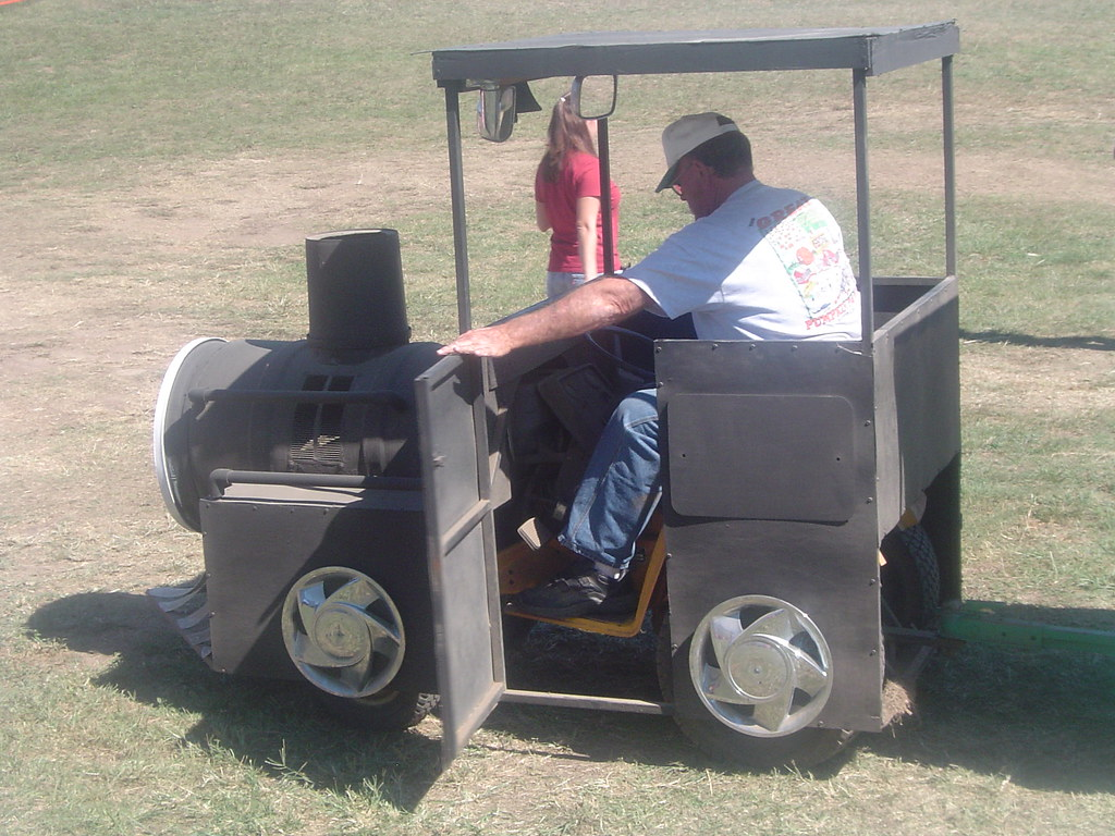 Riding Lawn Mower Hubcaps : Great idea these folks took a riding lawn mower and