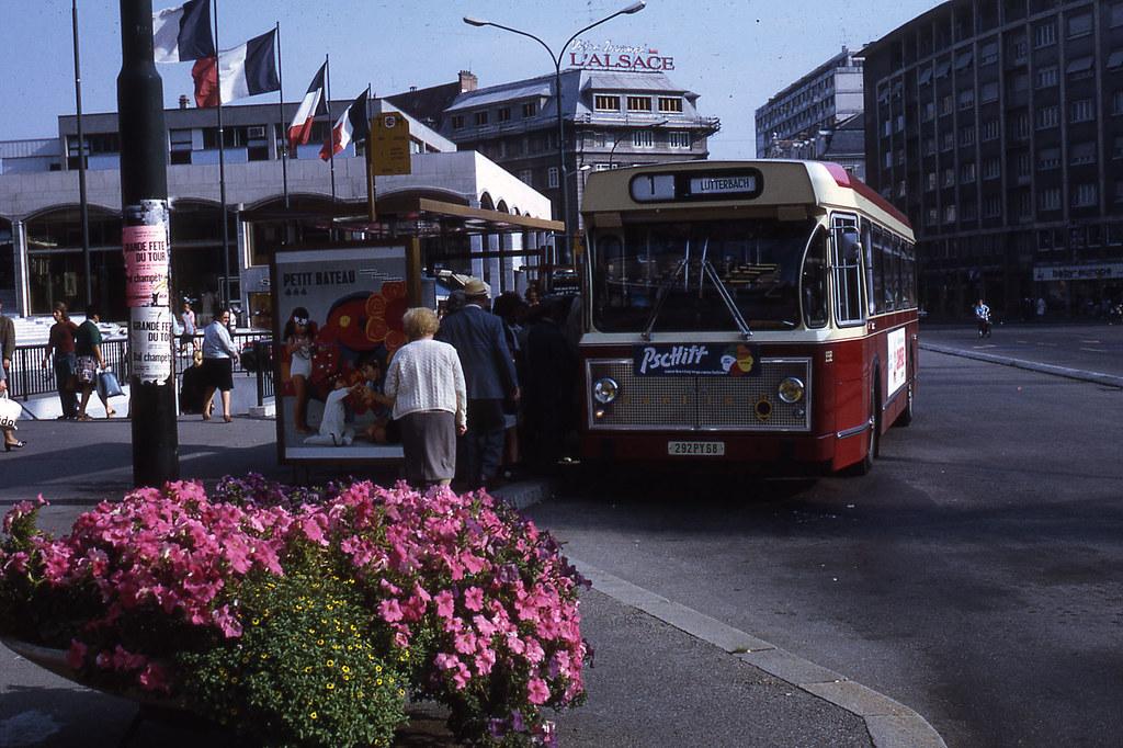 jhm 1971 1088 mulhouse bus berliet jean henri manara flickr. Black Bedroom Furniture Sets. Home Design Ideas