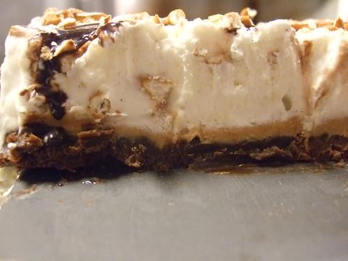 peanut butter pretzel ice cream pie | e | Flickr