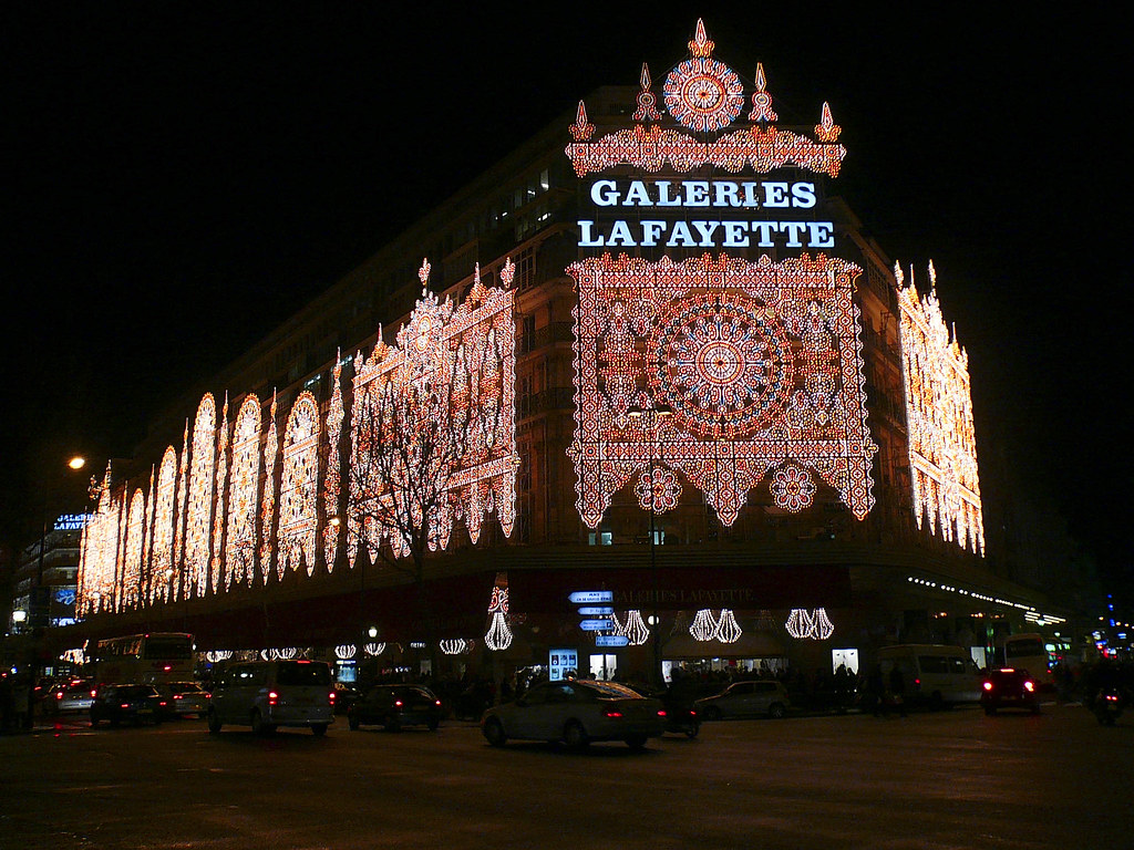 We paris d corations de no l aux galeries lafayette - Magasin deco noel paris ...