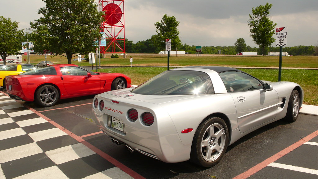 corvette museum kentucky corvette museum in bowling green. Cars Review. Best American Auto & Cars Review