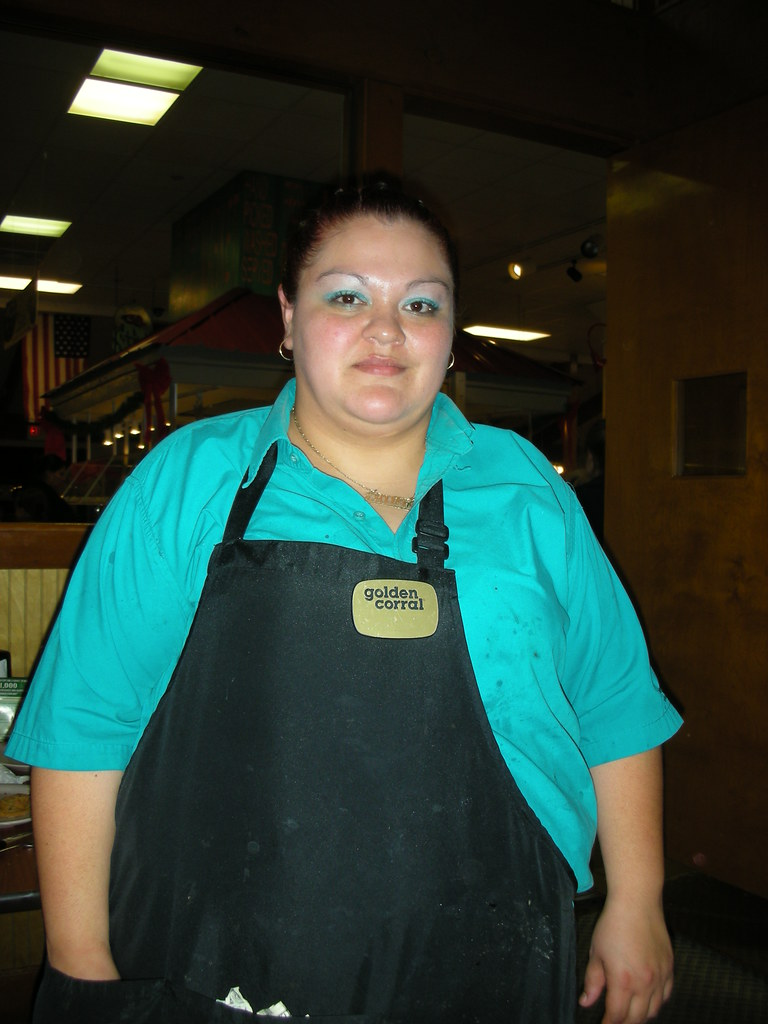 13 stranger our waitress at golden corral on christmas evening pigeon forge